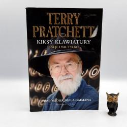 """Pratchett T. """" Kiksy klawiatury - eseje i nie tylko """" Warszawa 2015"""