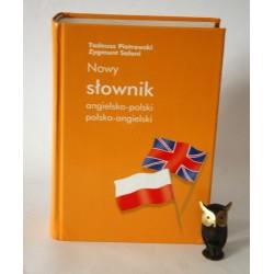 """Piotrowski T."""" Nowy Słownik angielsko - polski, polski - angielski"""" Warszawa 2004"""